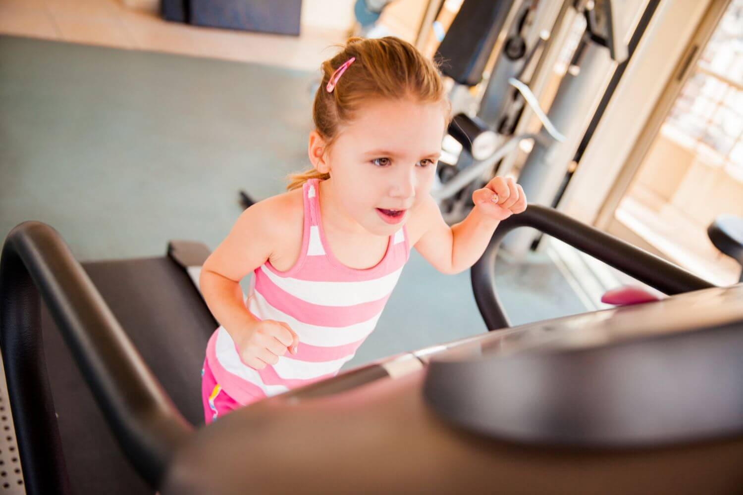 The-treadmill-poses-serious-risks-to-children-for-abrasions